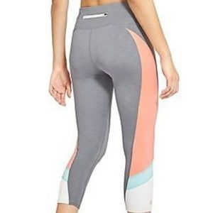 Athleta grey color block Solar Capri legging